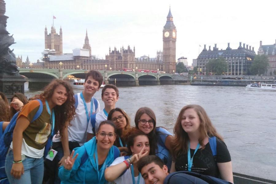 UK – FRENSHAM IL MUSICAL + LONDRA -