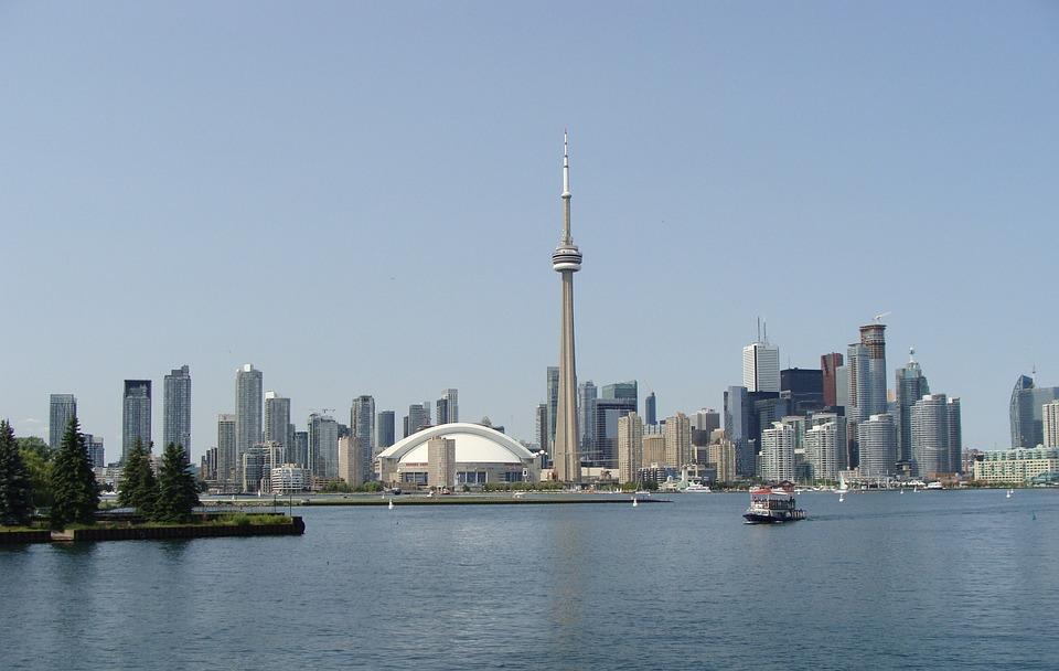 Scopri l'America che non ti aspetti, scegli un corso di lingua a Toronto, la città più grande e moderna del Canada.. - Giocamondo Study-toronto-1904979_960_720