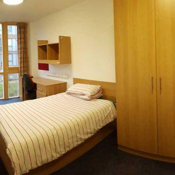 Vacanza Studio Oxford Inghilterra Estate INPSieme   Prestigiose Università + LONDRA-VACANZE-STUDIO-INPSIEME-2019-7-345x345