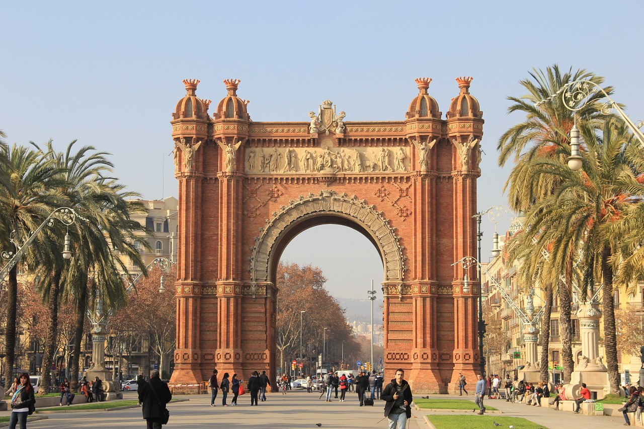 Corso di spagnolo all'estero SIELE   BARCELLONA   Giocamondo Study-spain-1276209_1280