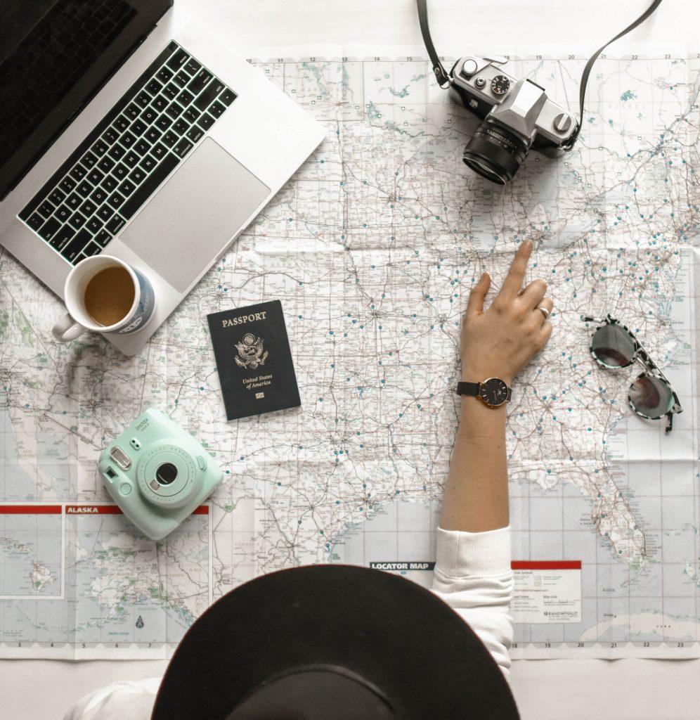 Informazioni di viaggio: cosa sapere e come prepararsi per una vacanza studio fantastica! - Giocamondo Study-element5-digital-645841-unsplash-996x1024