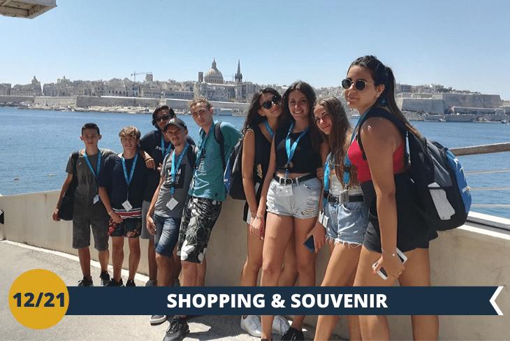 Un intero pomeriggio di shopping all'interno del centro commerciale più grande di Malta, Baystrett, nel cuore dello shopping maltese. Concluderemo la serata con una gustosa cena fuori. (escursione mezza giornata)