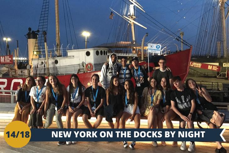 NEW YORK BY NIGHT: SEAPORT by night per ammirare la zona di New York che maggiormente conserva i segni del passato mercantile della città