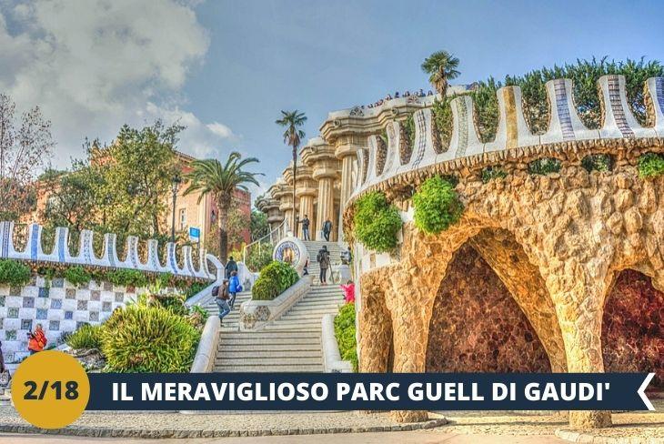 Il coloratissimo Parc Guell (INGRESSO INCLUSO) è una delle principali attrazioni di Barcellona. Simbolo della città, è frutto dell'ingegno dell'architetto Gaudì. (escursione mezza giornata)