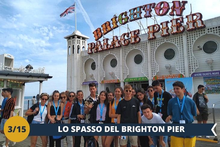 BRIGHTON PIER, il pontile più famoso d'Inghilterra dove passeggerete tra giostre, chioschi e intrattenimenti di ogni genere. Viste sul mare e sulla costa mozzafiato che vi regaleranno ricordi e selfie indimenticabili (escursioni di mezza giornata)