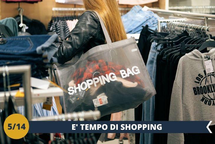 Un pomeriggio di shopping in uno dei centri commerciali più esclusivi dell'isola di Malta, tra negozi alla moda e di tendenza, concluderemo il pomeriggio in spiaggia (escursione mezza giornata)
