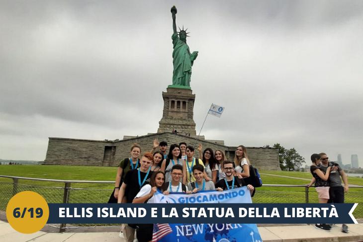STATUA DELLA LIBERTÀ, se si pensa a New York non si può non pensare alla Lady Liberty, statua simbolo dell'ideale americano di libertà. Partendo da Battery Park, ci aspetta una corsa andata e ritorno in traghetto con fermate prima a LIBERTY ISLAND, dove potremo ammirare più da vicino la STATUA DELLA LIBERTÀ; e poi a Ellis Island dove è previsto l'ingresso al NATIONAL MUSEUM OF IMMIGRATION (INGRESSO INCLUSO). (escursione di mezza giornata)