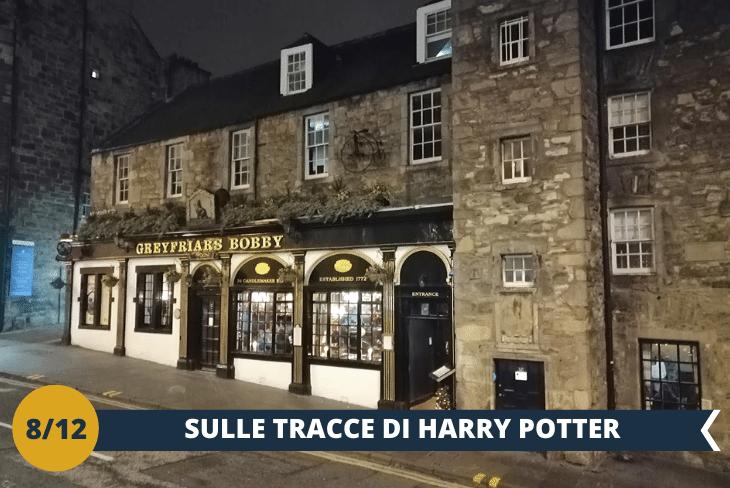 Un entusiasmante tour nei luoghi più affascinanti, dove ha vissuto la scrittrice J.K. Rowling, autrice del famosissimo romanzo del mago più famoso al mondo: Harry Potter! (escursione di mezza giornata)