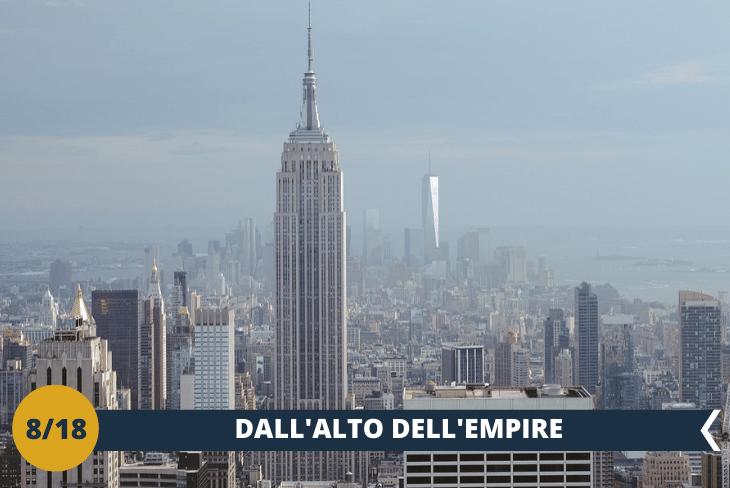 EMPIRE STATE BUILDING (INGRESSO INCLUSO), indubbiamente il grattacielo più noto al mondo che già appena costruito divenne subito uno dei simboli della città. I numerosi film girati a New York non possono ogni volta non ricordarne la magia. Giocamondo Study vi regala un'altra vista mozzafiato dalla TERRAZZA DELL'86ESIMO piano che non dimenticherete mai! (escursione di mezza giornata)