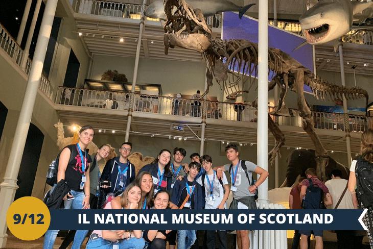 Visita alNATIONAL MUSEUM OF SCOTLAND, il museo che ci racconterà la storia del Paese, dalle sue origini ai nostri giorni per poi esplorare l'Edinburgh Old Town, tra strade millenarie, vicoli caratteristici e cortili all'interno di imponenti palazzi! (escursione di mezza giornata)