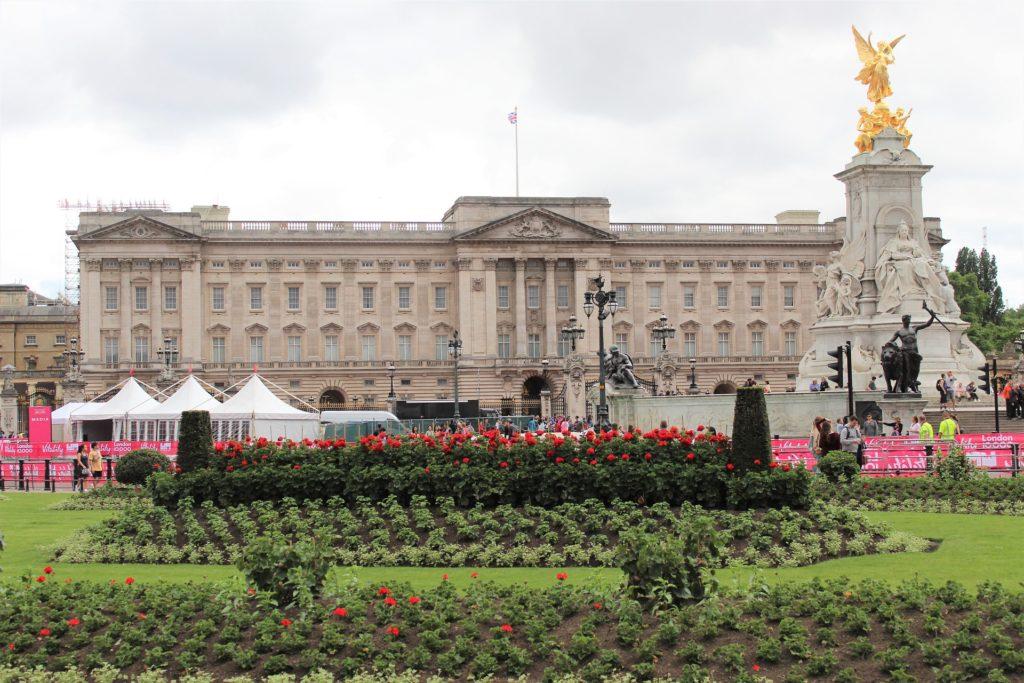 """Angolo delle news Giocamondo Study: vi presentiamo """"Buckingham Palace"""" in Inghilterra - Giocamondo Study-buckingham-palace-4363590_1920-1024x683"""