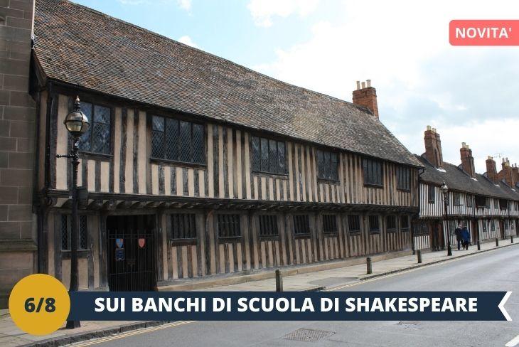 """SCUOLA DI SHAKESPEARE (INGRESSO INCLUSO). Torneremo a Stratford-upon-Avon per visitare la """"King Edward VI School"""" la scuola che avrebbe frequentato William Shakespeare e che dal 2016 ha aperto ai visitatori la classe dove si ritiene abbia studiato lo scrittore. (escursione di mezza giornata)"""
