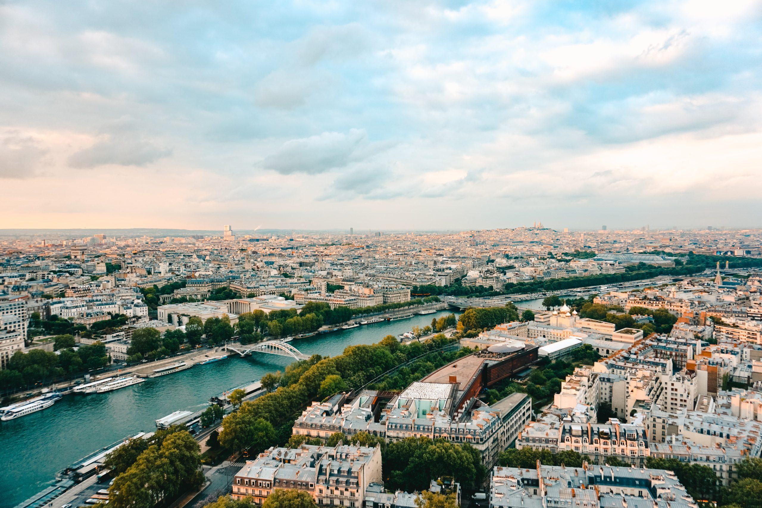 Sistema scolastico in Francia   Anno all'estero - Giocamondo Study-pexels-luke-webb-2738173-scaled