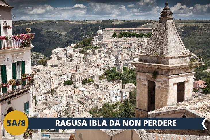"""ESCURSIONE DI INTERA GIORNATA A RAGUSA + NOTO - Il nostro tour ci porterà alla scoperta della meravigliosa architettura barocca di Ragusa, conosciuta anche come la """"città dei ponti"""", per la presenza di tre ponti pittoreschi che sorgono su una vallata verdeggiante. Dopo il sisma che colpì duramente la città, Ragusa venne divisa in due grandi quartieri: da una parte Ragusa superiore, situata sull'altopiano, dall'altra Ragusa Ibla, sorta dalle rovine dell'antica città e ricostruita secondo l'antico impianto medioevale."""