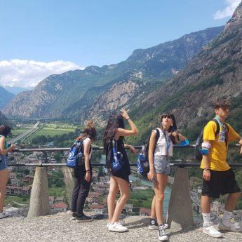 Valle d'Aosta Archivi - Giocamondo Study-TH-PILA-VALLE-DAOSTA-AI-PIEDI-DEL-MONTE-BIANCO-SVIZZERA-I-TURNO-GIORNO-12_2-345x345