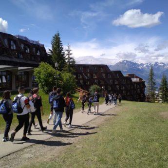 Valle d'Aosta Archivi - Giocamondo Study-TH-PILA-VALLE-DAOSTA-AI-PIEDI-DEL-MONTE-BIANCO-SVIZZERA-TURNO-I-GIORNO-2-10-345x345